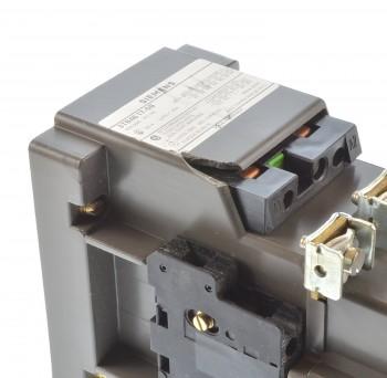 Siemens 3TB46 17-0B Schütz 22KW Spule 220/264VAC / beschädigt
