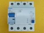 Doepke DFS4 Fi Schalter 63A 0,3A