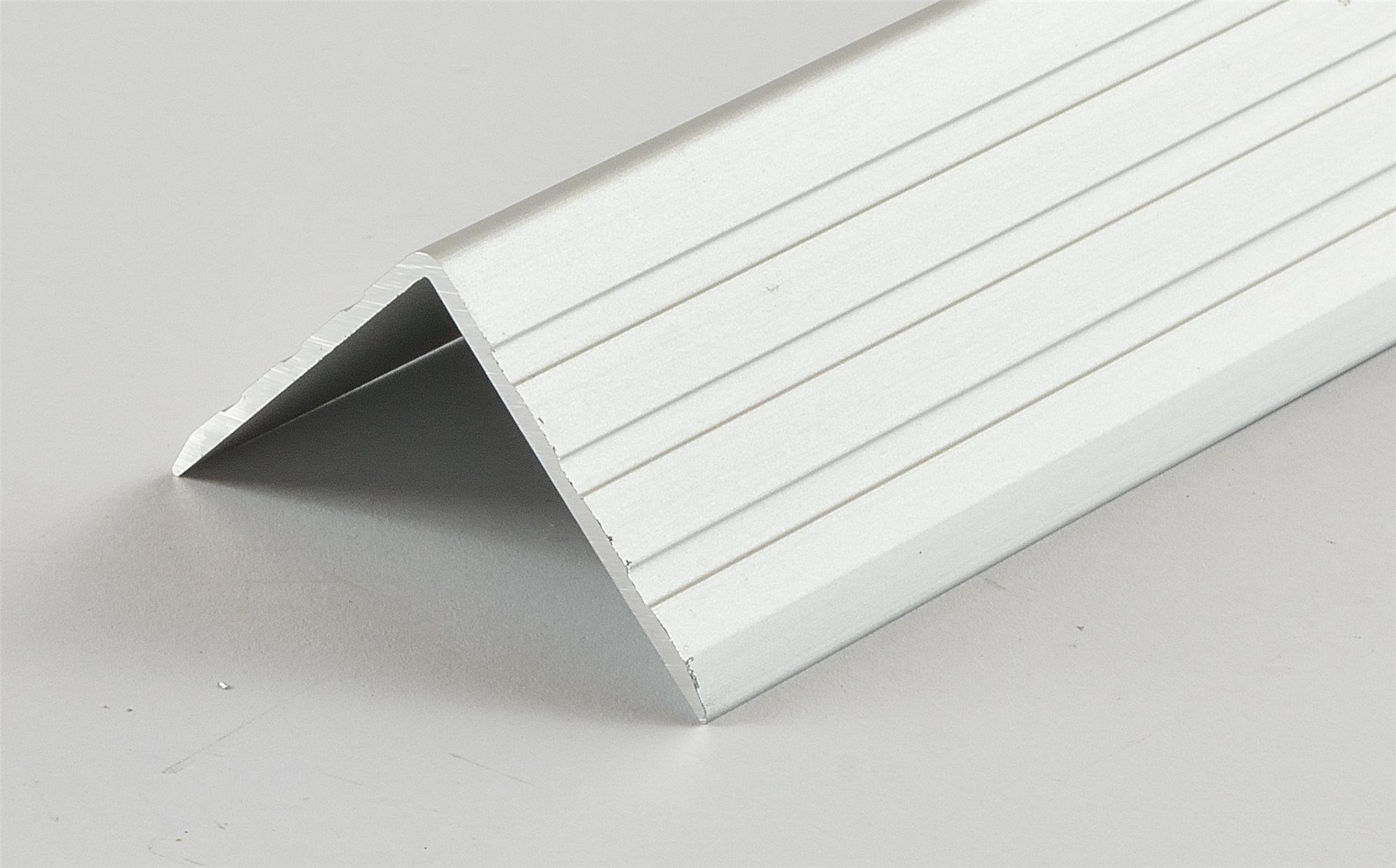 kantenschutz 30x30x1 5mm aluminium eloxiert winkelprofil 14010. Black Bedroom Furniture Sets. Home Design Ideas