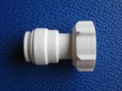 John Guest PKM3203W Verbinder 15mm - 3/4 Zoll Innengew.