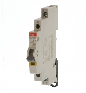 ABB E211X-16-10 Ausschalter mit gelber LED 2CCA703100R0001